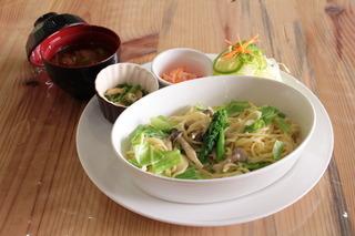 春野菜のクリームパスタ.jpg